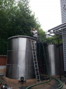 TANK CLEANING & SPILL CONTROL - Image 1